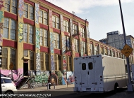A house near Bedford Avenue | Near Bedford Avenue | New York Murales